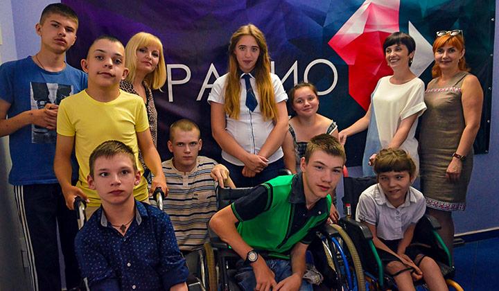 «Я счастливый человек». История о том, как хрупкая девочка с инвалидностью стала директором реабилитационного центра
