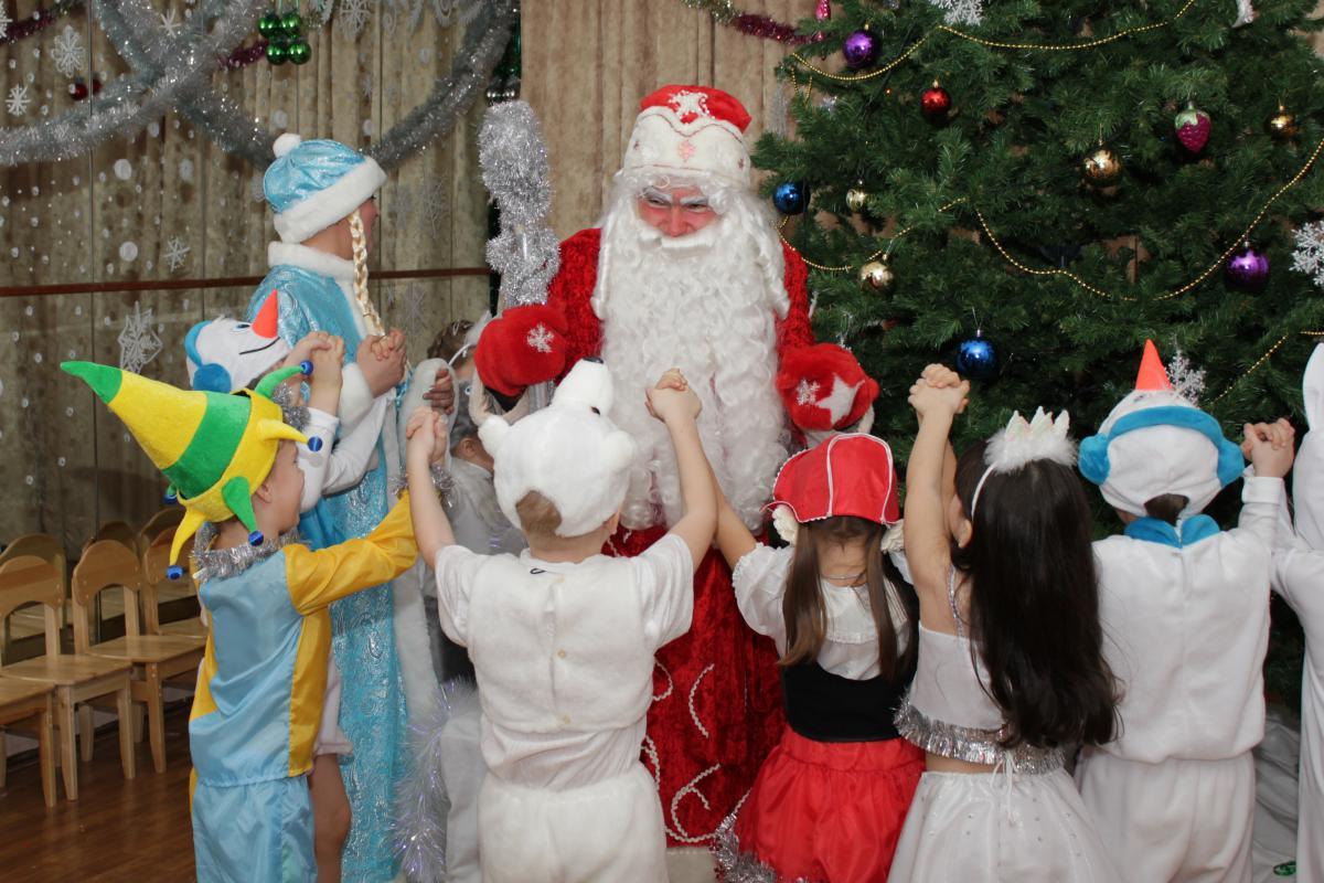 Дед мороз новый год в детском саду