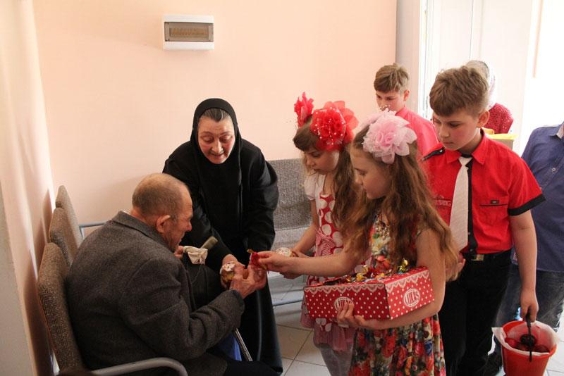 Дом престарелых благотворительная акция в зеленодольске дом престарелых