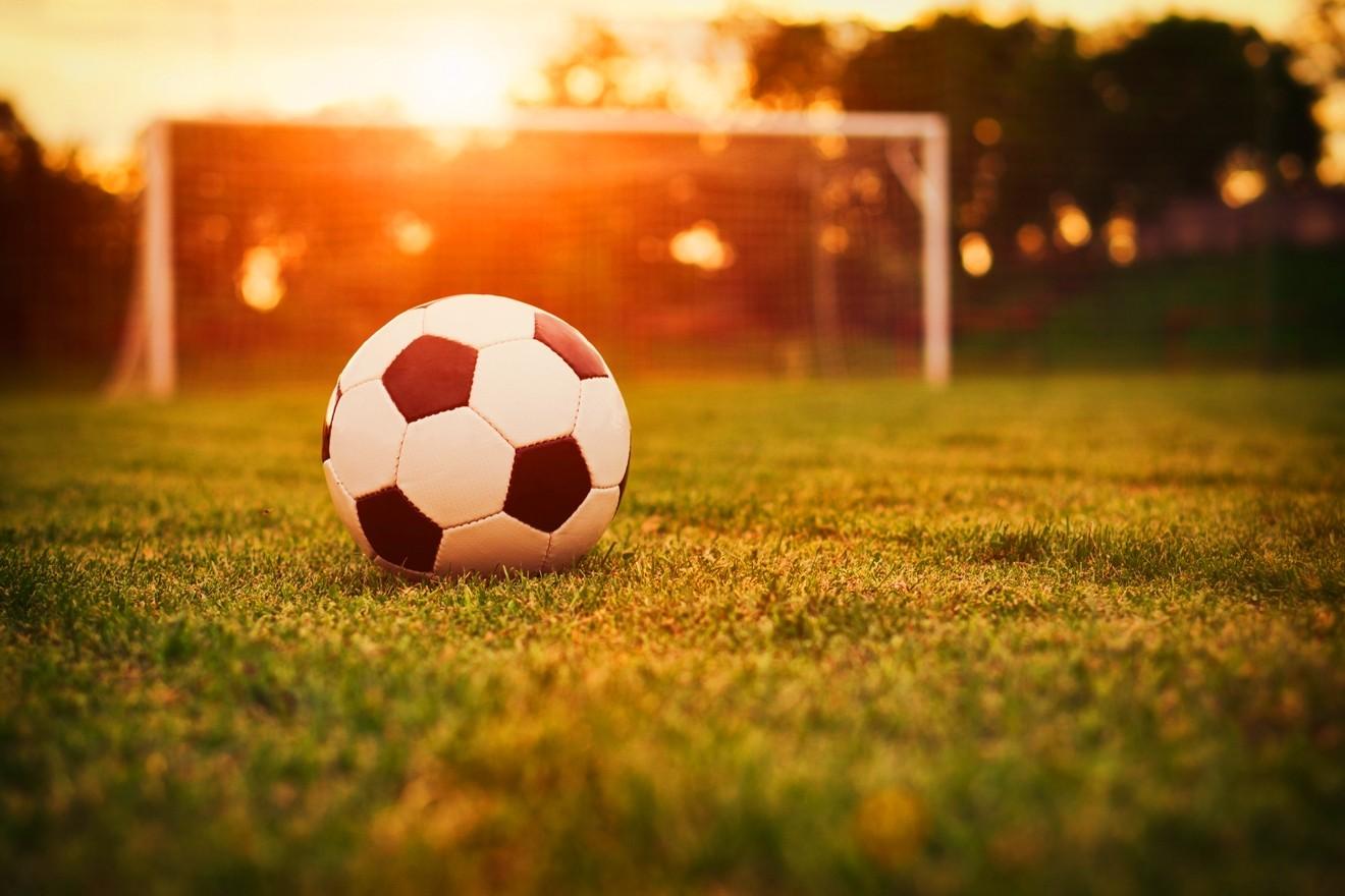 поделку для футбола картинки помощью