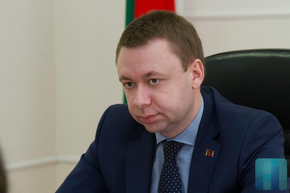 Лавров пожелал дипломатам успехов вработе наблаго Отечества