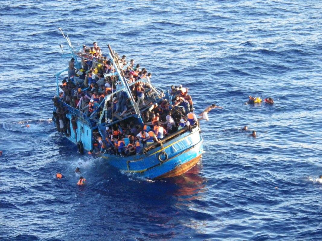 Уберегов Ливии отыскали  тела 40 утонувших мигрантов