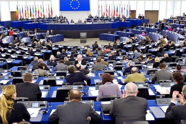 Шульц созвал срочные переговоры позоне свободной торговлиЕС