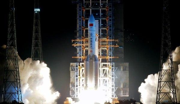 КНР запустил крупнейшую ракету-носитель