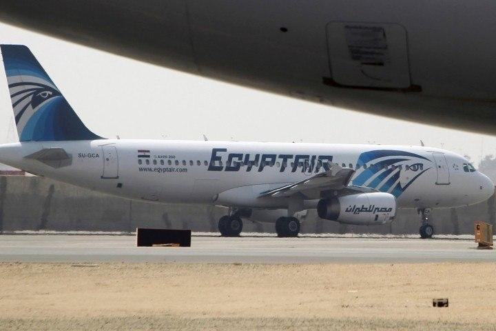 США просят авиакомпанию EgyptAir необслуживать пассажиров из7 исламских стран
