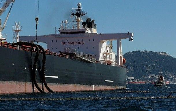 Иран освободился отполовины хранящейся втанкерах нефти