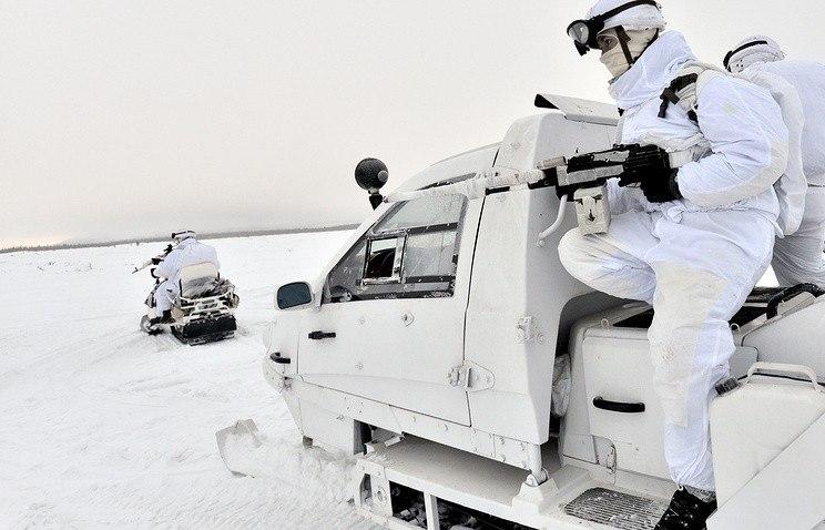 Минобороны начало испытание новейшей военной техники вАрктике