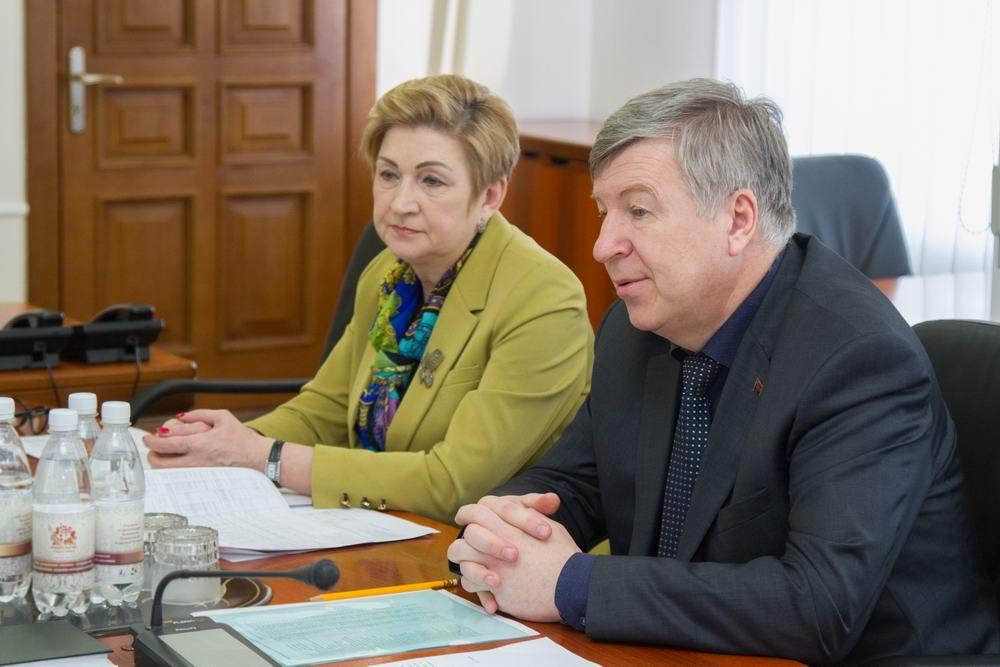Пенсию по потере кормильца в московской области