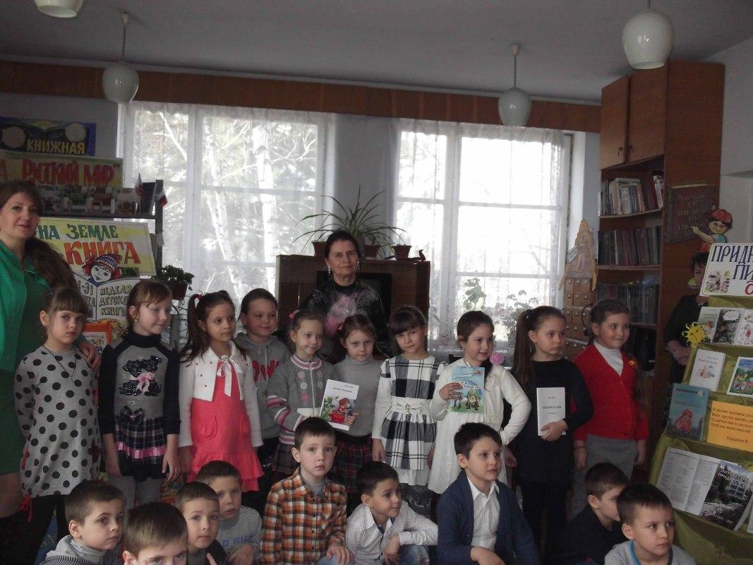 Конкурсы чтецов, репортажей ипутеводителей: стартовала неделя детской книги вКалуге