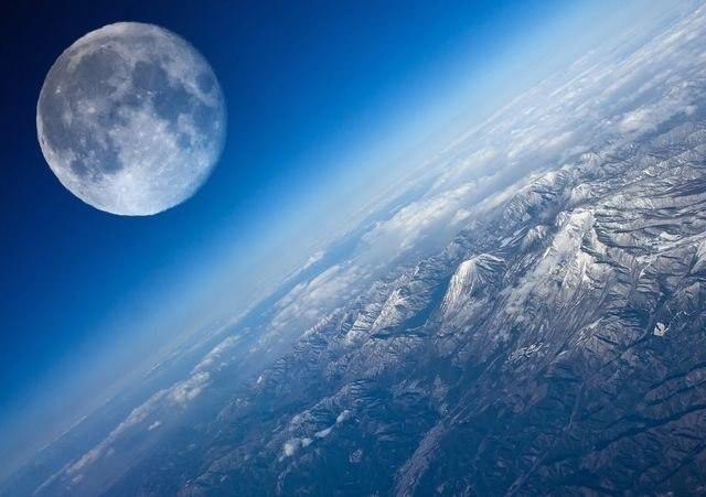 Руководитель «Роскосмоса» анонсировал планы полетов РФ наЛуну иМарс
