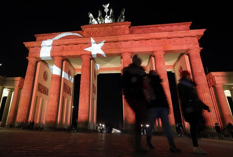 Неменее 130 жителей Турции попросили укрытия вГермании кконцу зимы