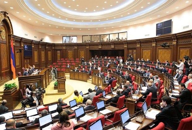 Впарламент Армении прошли 4 партии