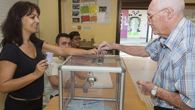 2-ой тур парламентских выборов начался воФранции