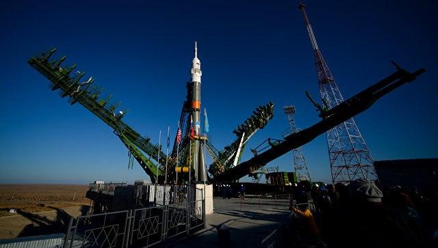 Ракета «Союз-2.1а» несет 1-ый русский краудфиндинговый спутник «Маяк»
