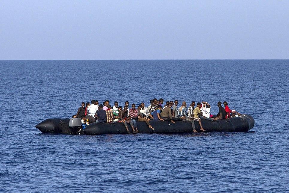 Спасение мигрантов вСредиземном море остановлено  из-за угроз