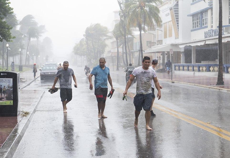 Шторм «Хосе» набирает силу иможет превратится в мощнейший циклон