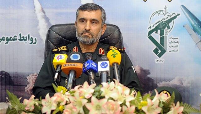 Иранская гвардия сообщила опроникновении вкомандные центры США