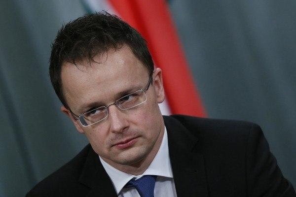 Венгрия считает украинский закон обобразовании «ударом вспину»