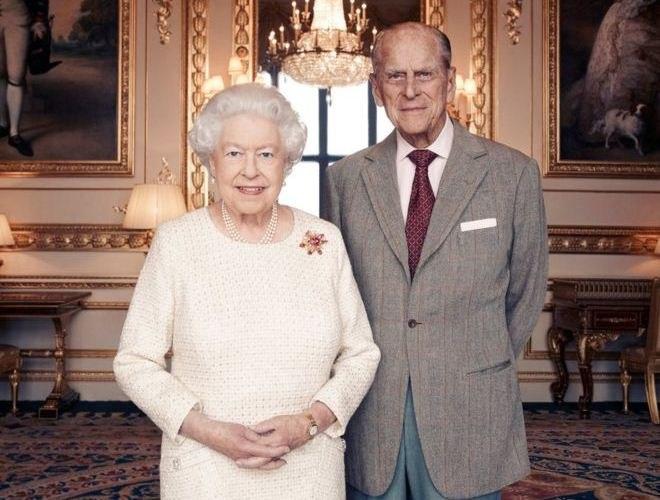 70 лет совместно: ЕлизаветаII ипринц Филип отмечают платиновую свадьбу