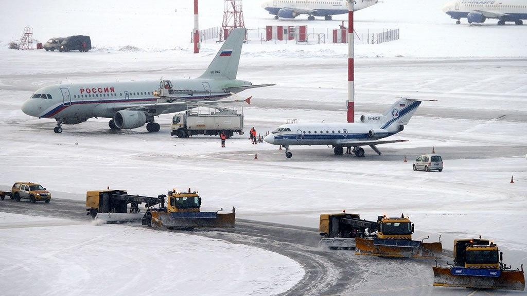 В столичных аэропортах задержаны иотменены 25 рейсов