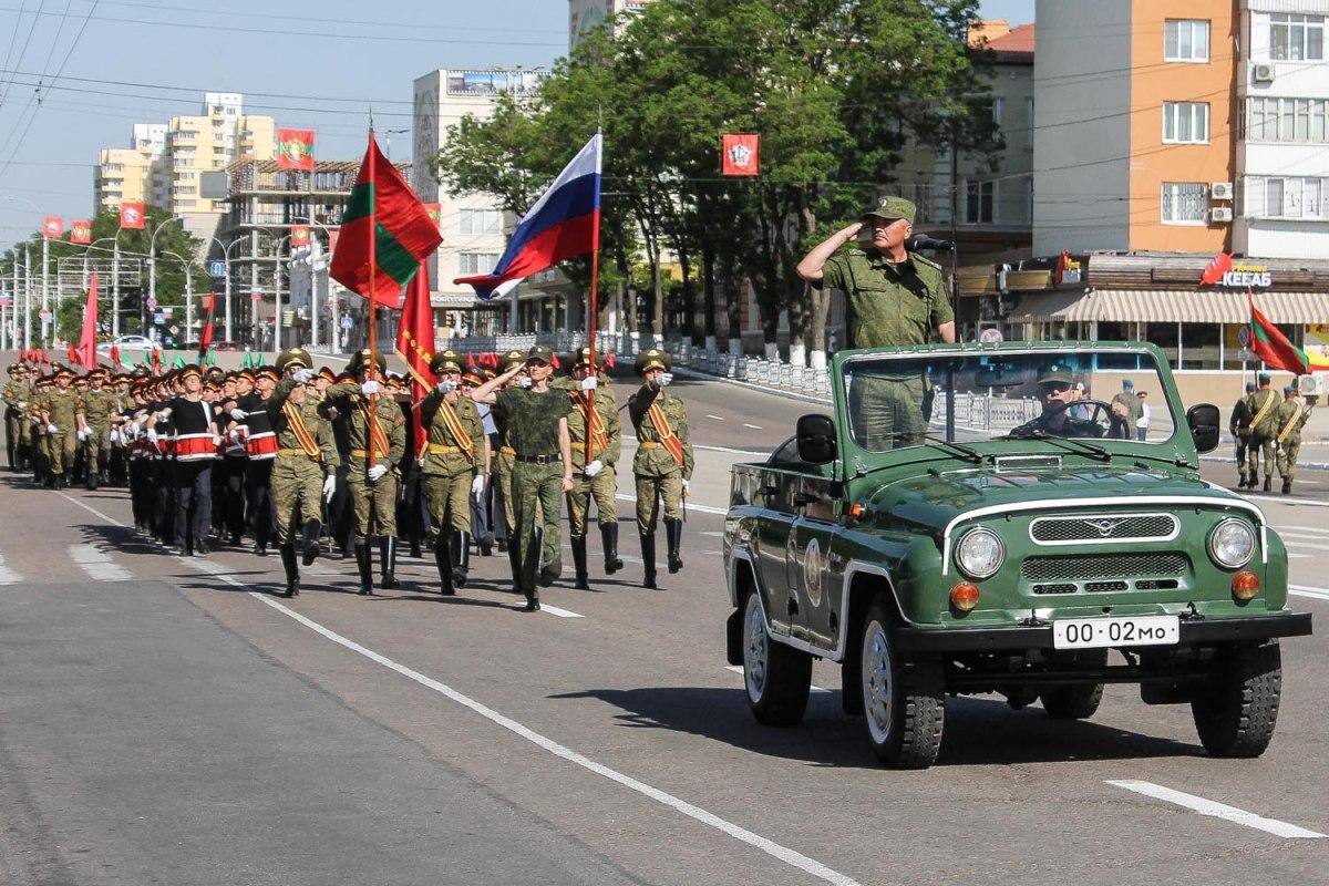 Репетиции парада Победы на площади Куйбышева пройдут 4 и 6 мая