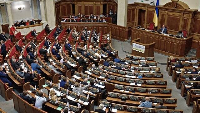 Кабмин Украины призвал увеличить расходы наоборону втечении следующего года
