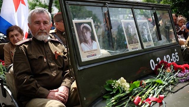 11 тыс. солдат «Бессмертного полка» ветераны войны вВолгодонске приветствовали стоя