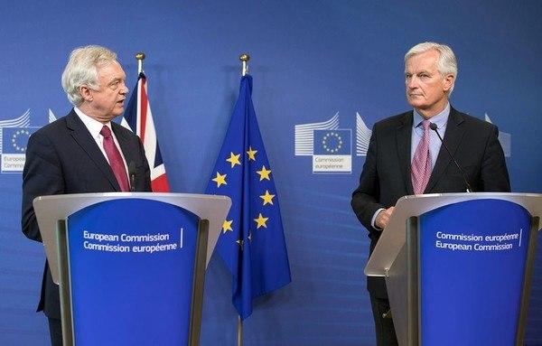 Известные британские политики призвали костановке процесса Brexit
