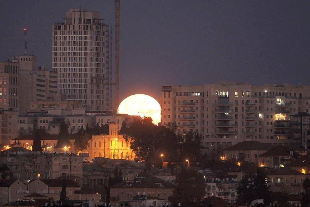 Три астрономических явления совпадут в ночь 31 января