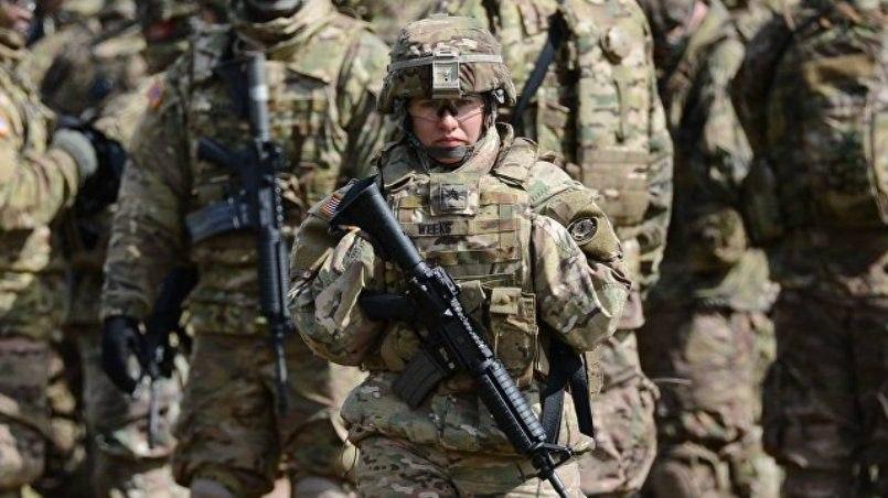 Противотанковые подразделения НАТО проводят учения вЛитве