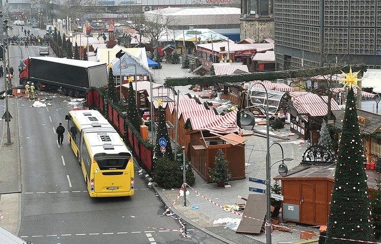 Шофёр въехавшего втолпу вцентре Берлина грузового автомобиля может быть пакистанцем