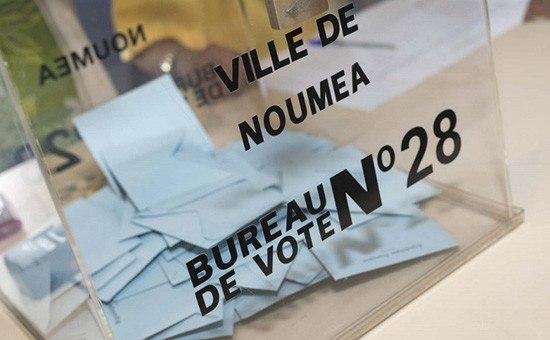 Партия президента Макрона одолела впервом туре выборов впарламент Франции