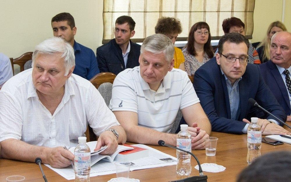 Руководитель Приднестровья поведал, почему заморожен формат «5+2»