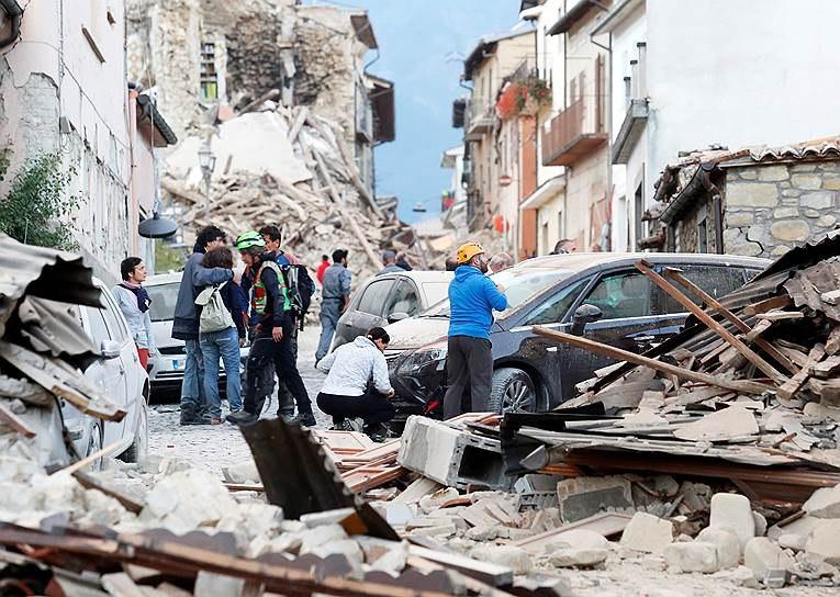 Власти Италии проинформировали о 247 погибших в итоге землетрясения
