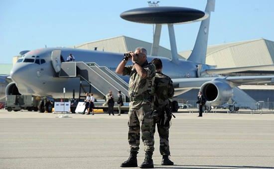 Столтенберг назвал причину размещения батальонов НАТО вПрибалтике