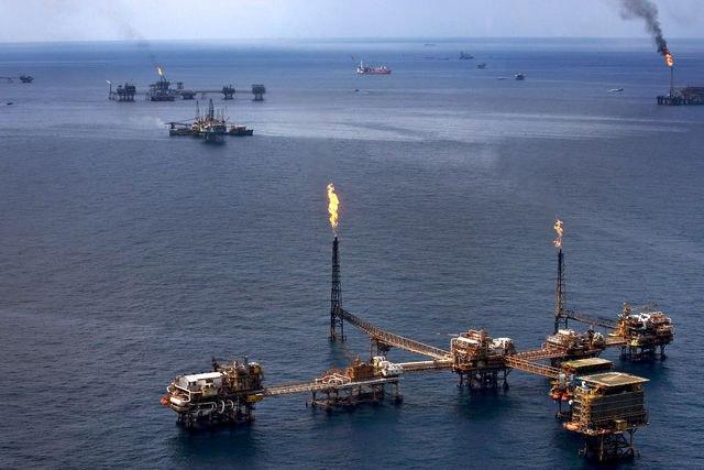 ОПЕК продолжит соглашение осокращении добычи нефти