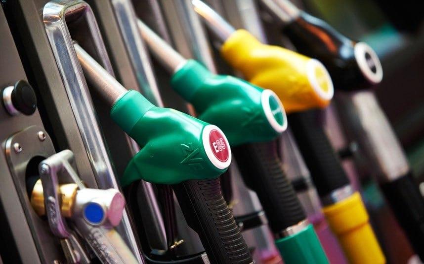 Рост цен набензин в Российской Федерации чуть замедлился