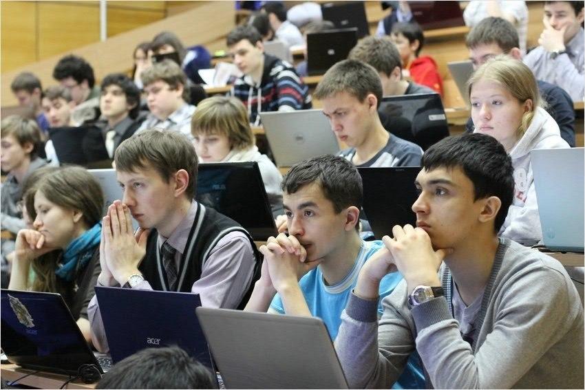 Вгосударстве Украина хотят оставить студентов без стипендии