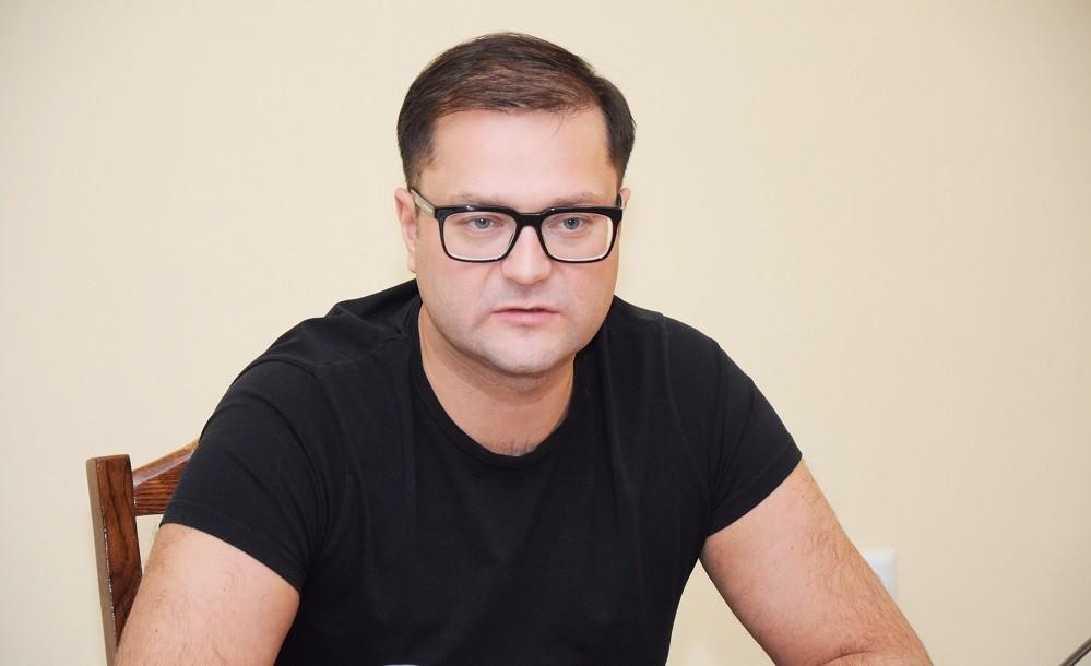 никита исаев директор института биография фото